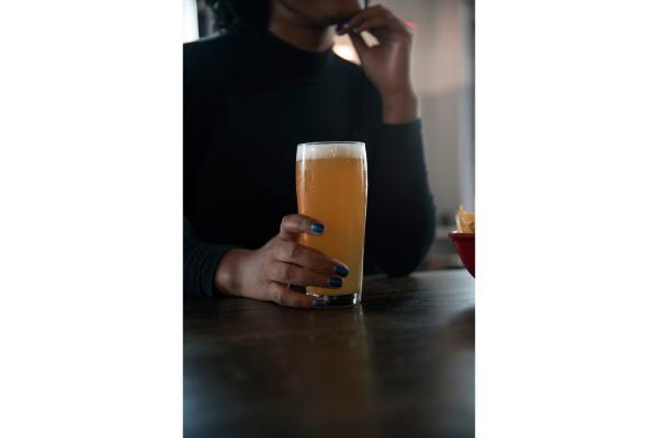 Come bere una birra: il primo approccio